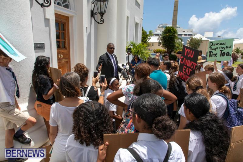 Future-Climate-Rally-and-School-Strike-Bermuda-June-14-2019-6600