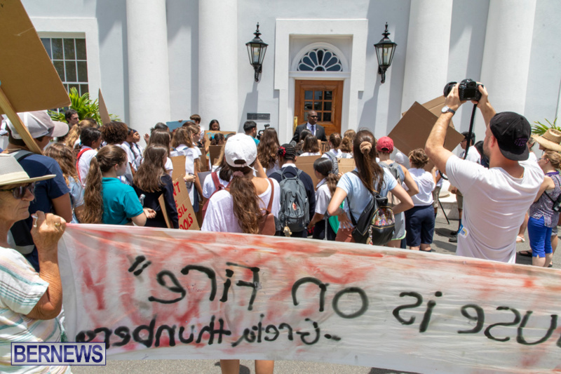 Future-Climate-Rally-and-School-Strike-Bermuda-June-14-2019-6605