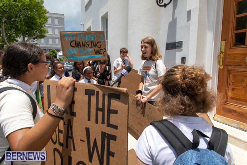 Future-Climate-Rally-and-School-Strike-Bermuda-June-14-2019-6655