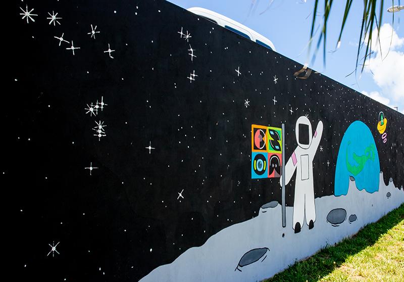 Bermuda Security Group Mural July 2019 (1)