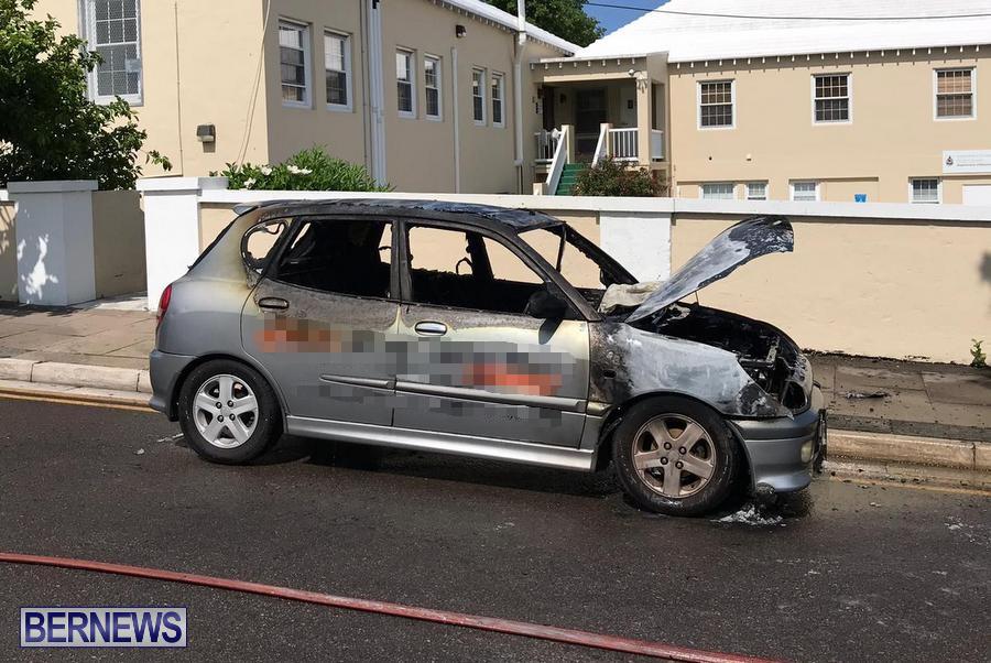 Car Fire Bermuda, July 10 2019 (2)