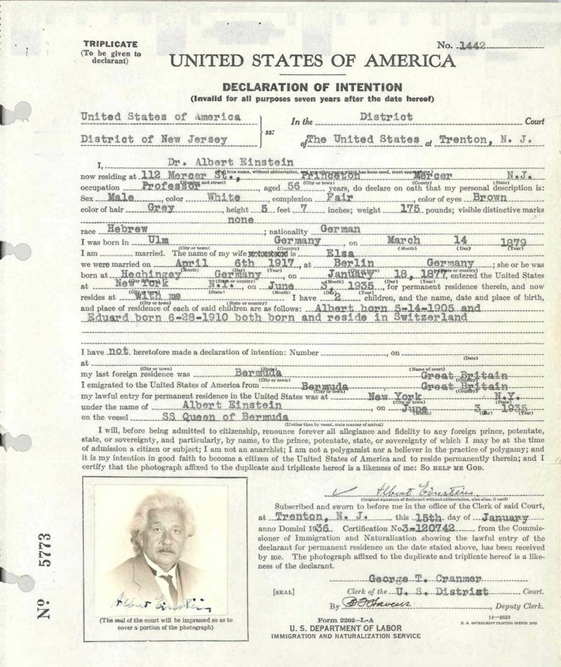 Albert Einstein Bermuda Oct 2019 (2)