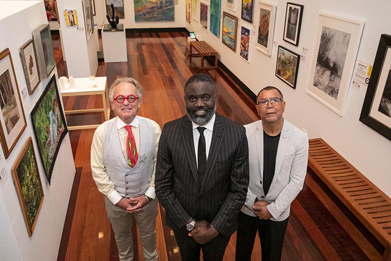 Anti Violence Art Exhibit Bermuda Nov 2019 (1)