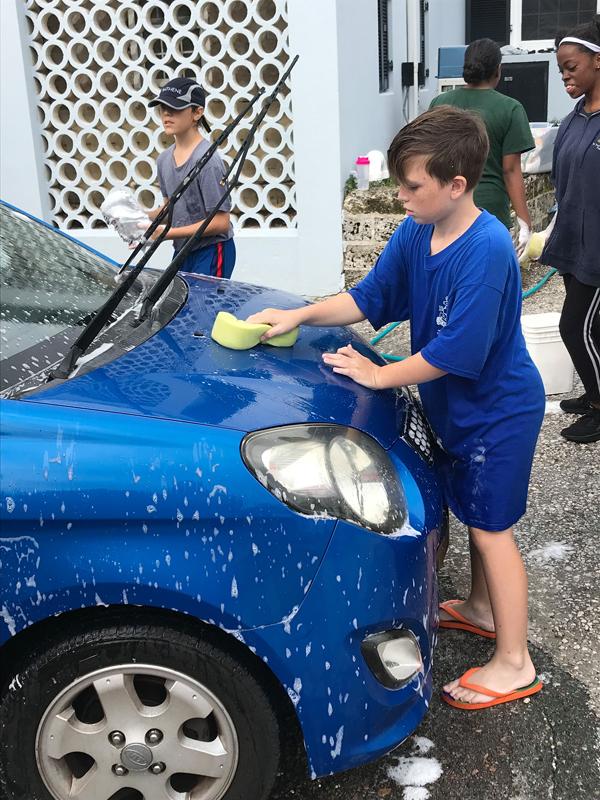 Christmas Car Wash Bermuda November 2019 (1)