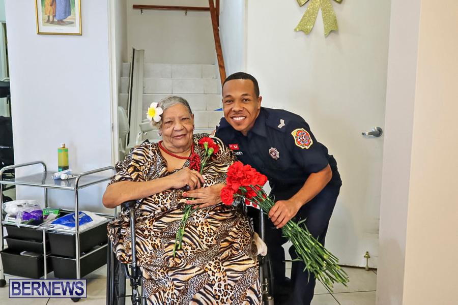 BFRS Bermuda Fire Rescue Service Christmas Community Visits Bermuda, December 25 2019-37