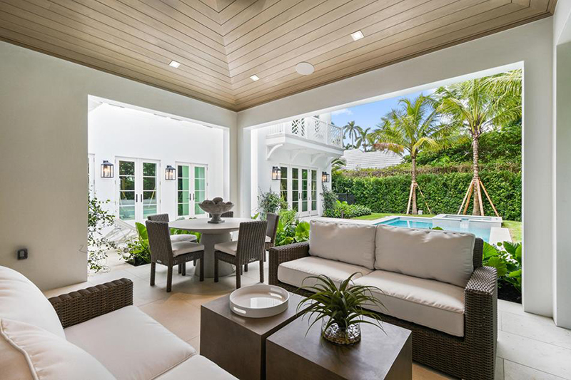Bermuda Style House Dec 15 2019 (7)