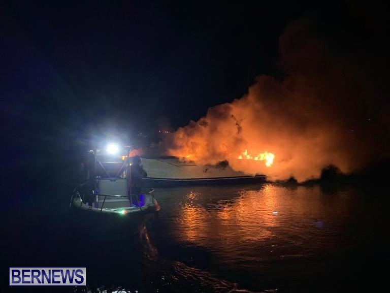 Boat Fire St David's Bermuda, December 6 2019 (5)