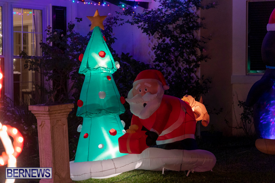 Christmas-Lights-Decorations-Bermuda-December-20-2019-580
