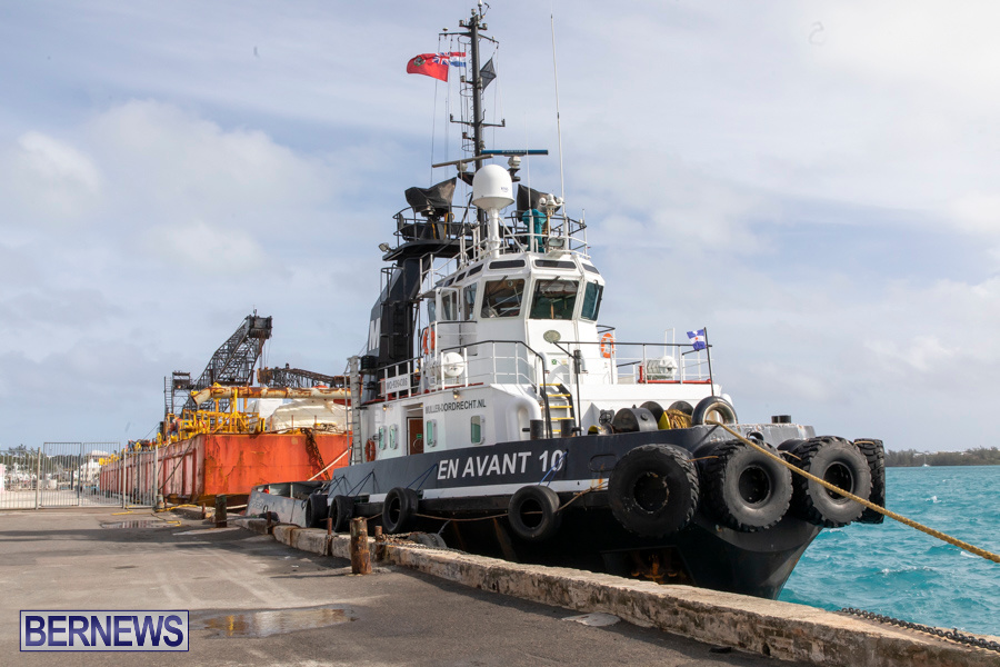 En Avant 10 Tug Resolve Marine Barge Bermuda, December 14 2019-3763