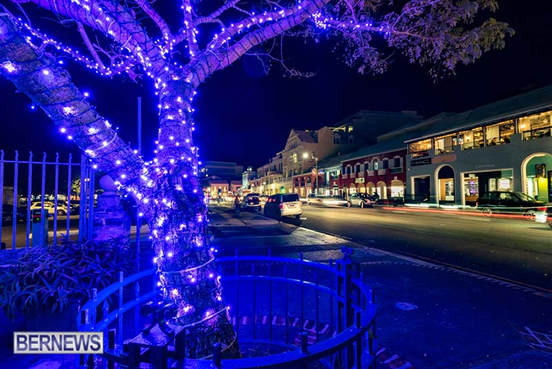 Hamilton Bermuda Christmas Photos Dec 24 2019 (1)