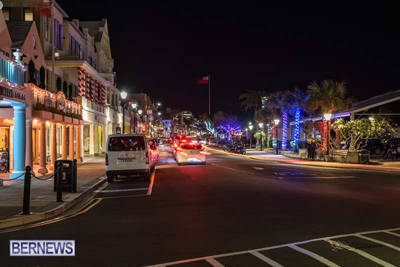 Hamilton Bermuda Christmas Photos Dec 24 2019 (17)