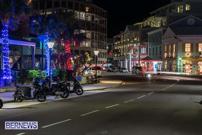 Hamilton Bermuda Christmas Photos Dec 24 2019 (24)