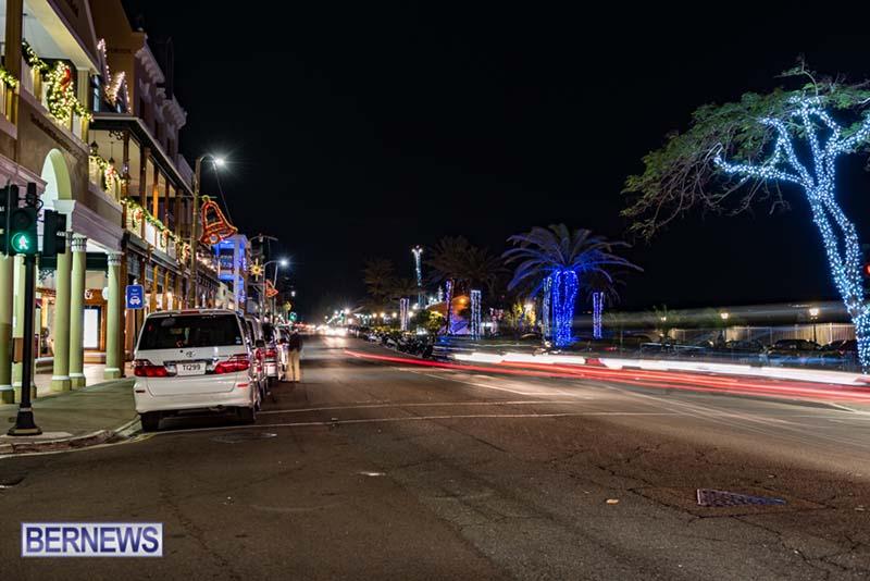 Hamilton Bermuda Christmas Photos Dec 24 2019 (27)