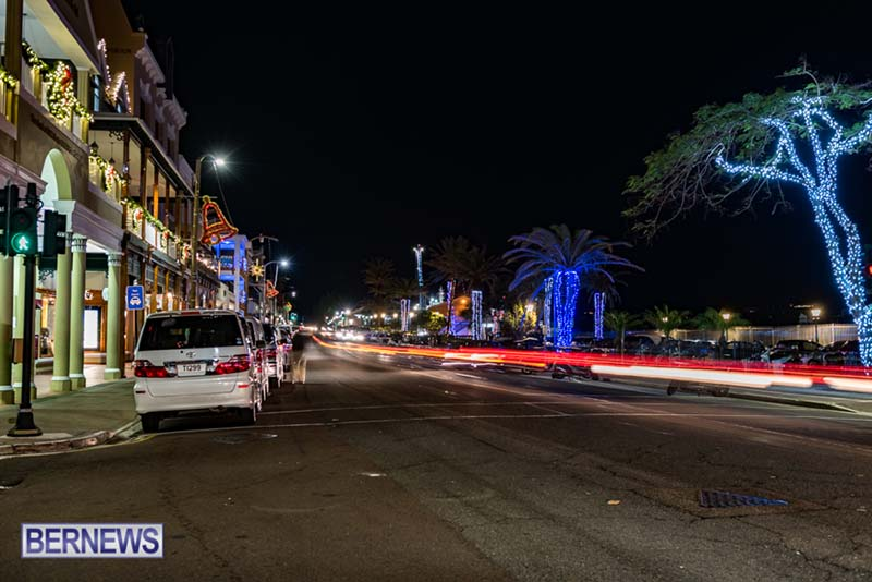 Hamilton Bermuda Christmas Photos Dec 24 2019 (28)
