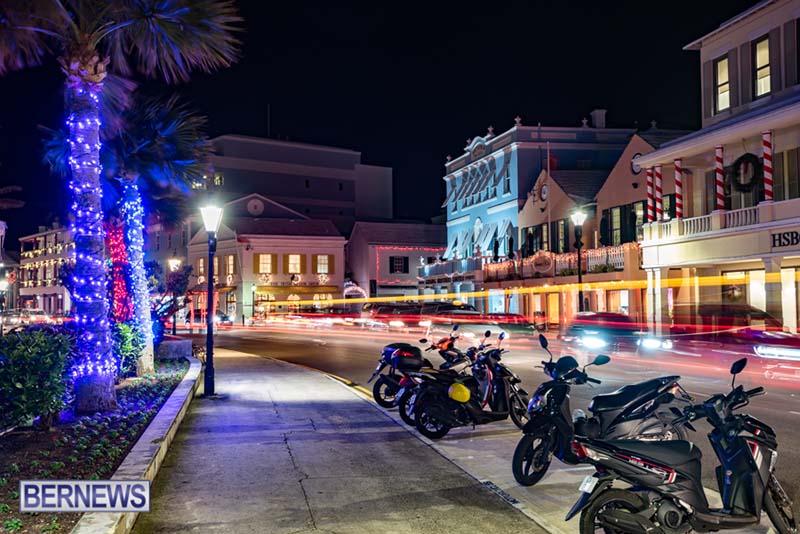 Hamilton Bermuda Christmas Photos Dec 24 2019 (4)