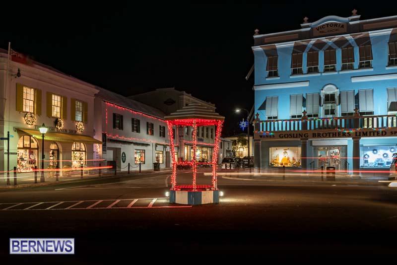 Hamilton Bermuda Christmas Photos Dec 24 2019 (6)