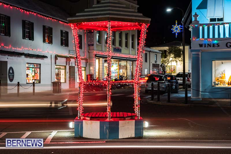 Hamilton Bermuda Christmas Photos Dec 24 2019 (7)