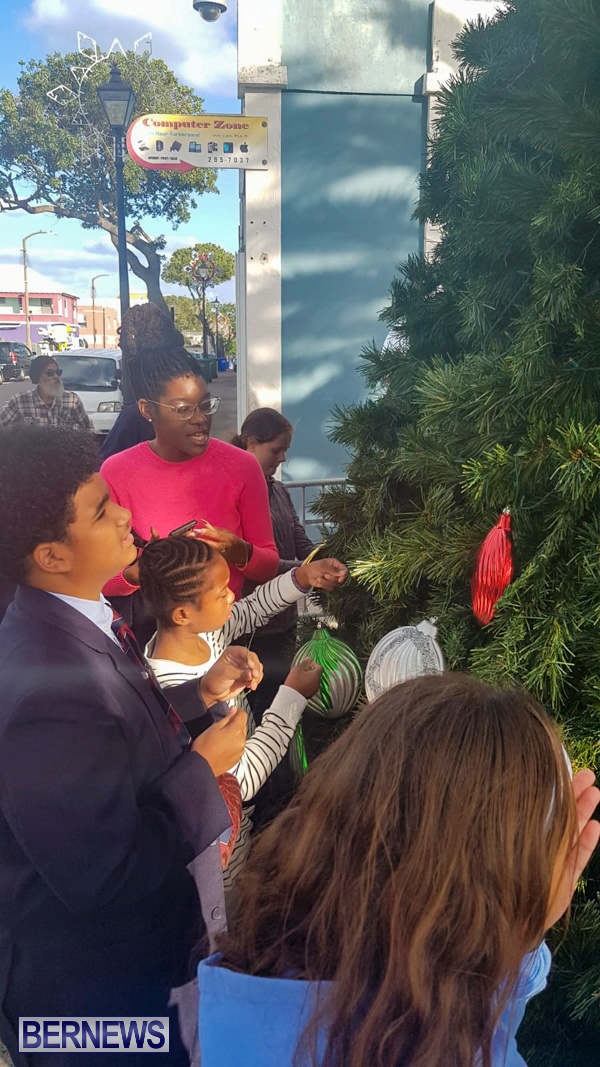 Hamilton Christmas Tree Decorating Bermuda, December 6 2019-07-10