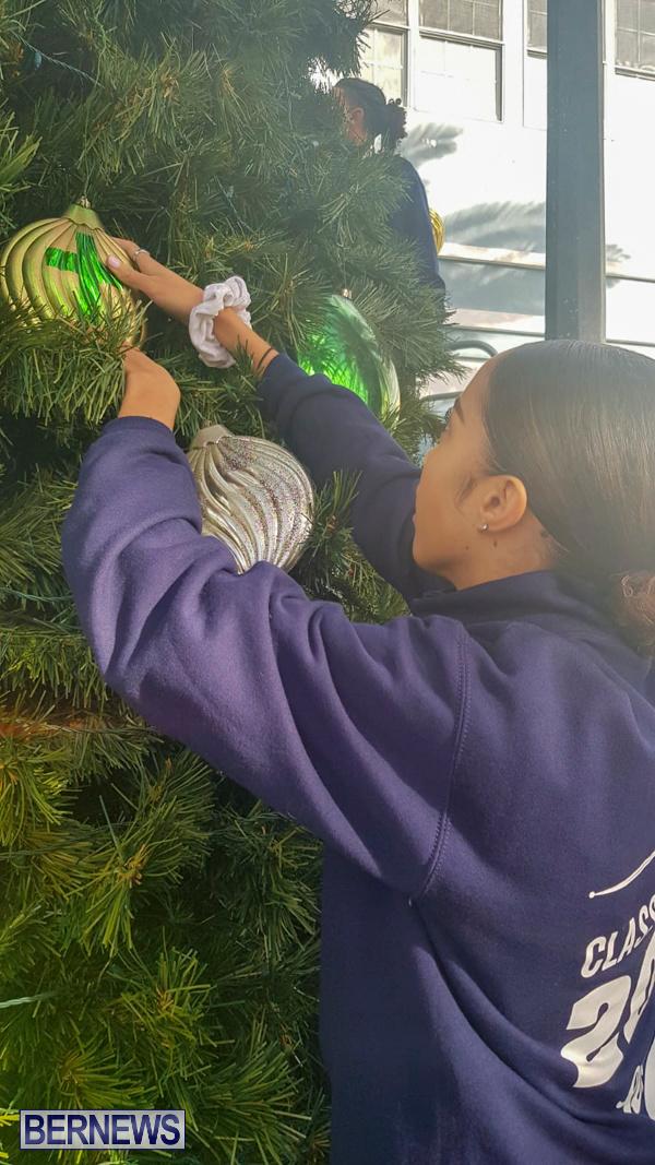 Hamilton Christmas Tree Decorating Bermuda, December 6 2019-07-15