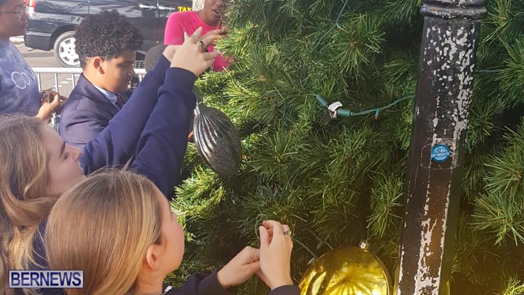 Hamilton Christmas Tree Decorating Bermuda, December 6 2019-07-7