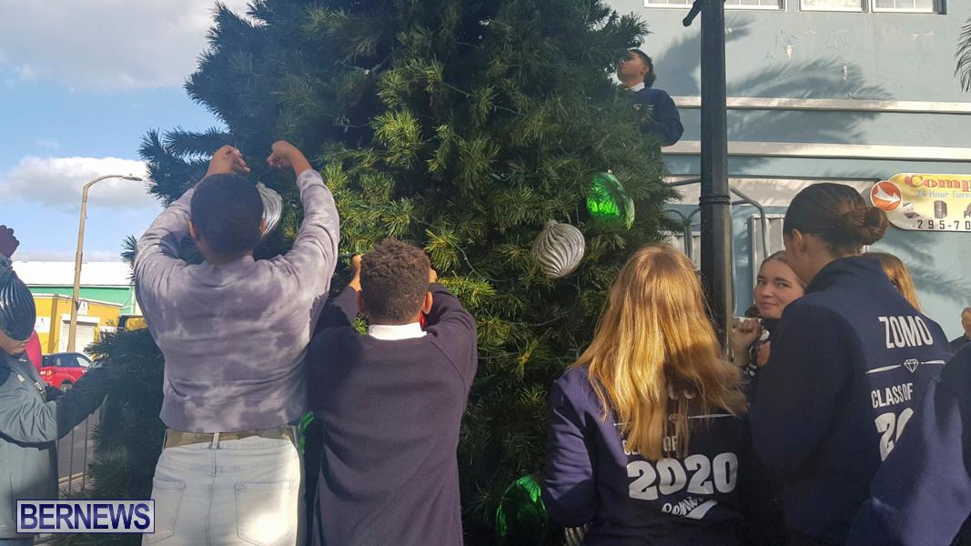 Hamilton Christmas Tree Decorating Bermuda, December 6 2019-07-9