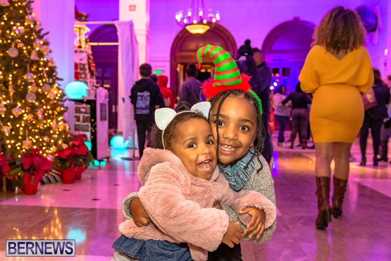 Hamilton Princess Christmas Village Bermuda Dec 2019 (49)