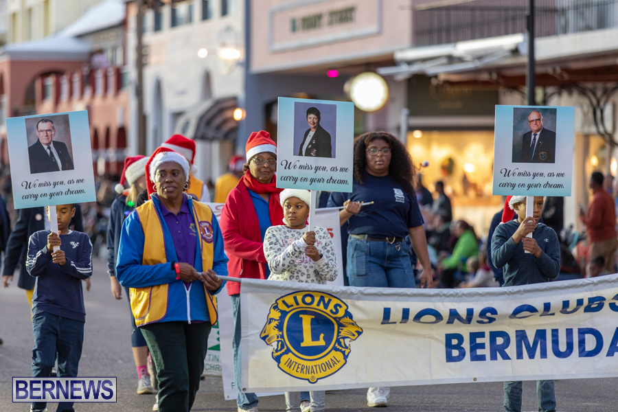 Marketplace-Christmas-Santa-Claus-Parade-Bermuda-December-1-2019-4924