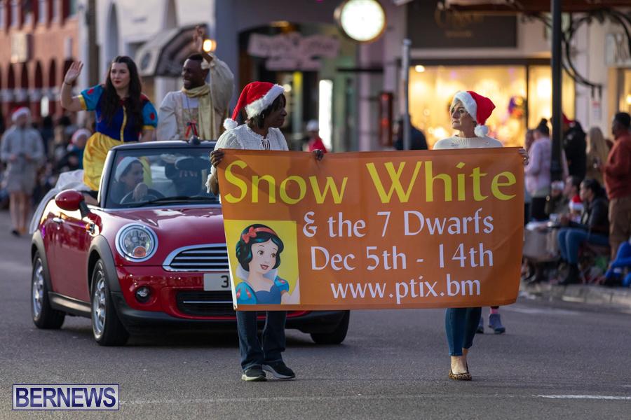 Marketplace-Christmas-Santa-Claus-Parade-Bermuda-December-1-2019-4954