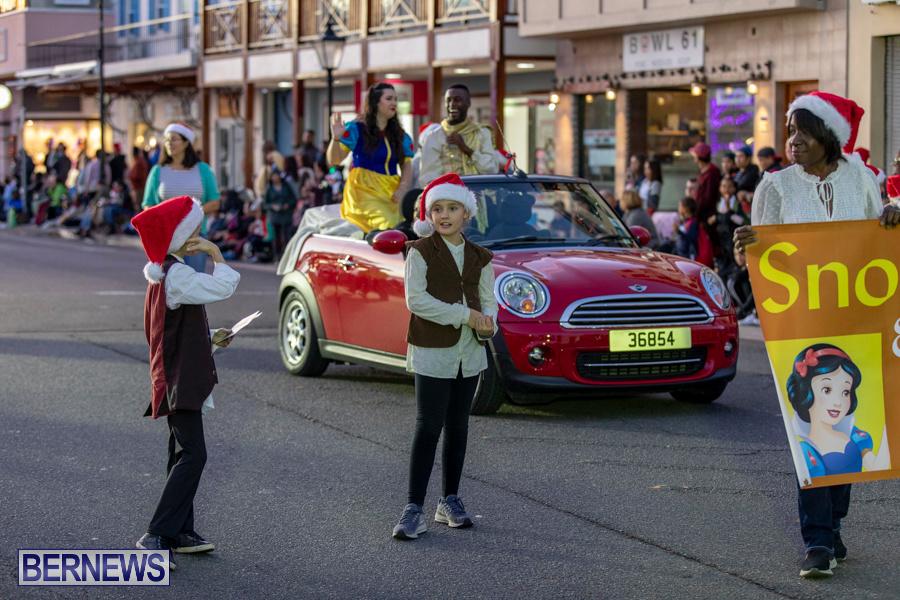 Marketplace-Christmas-Santa-Claus-Parade-Bermuda-December-1-2019-4963