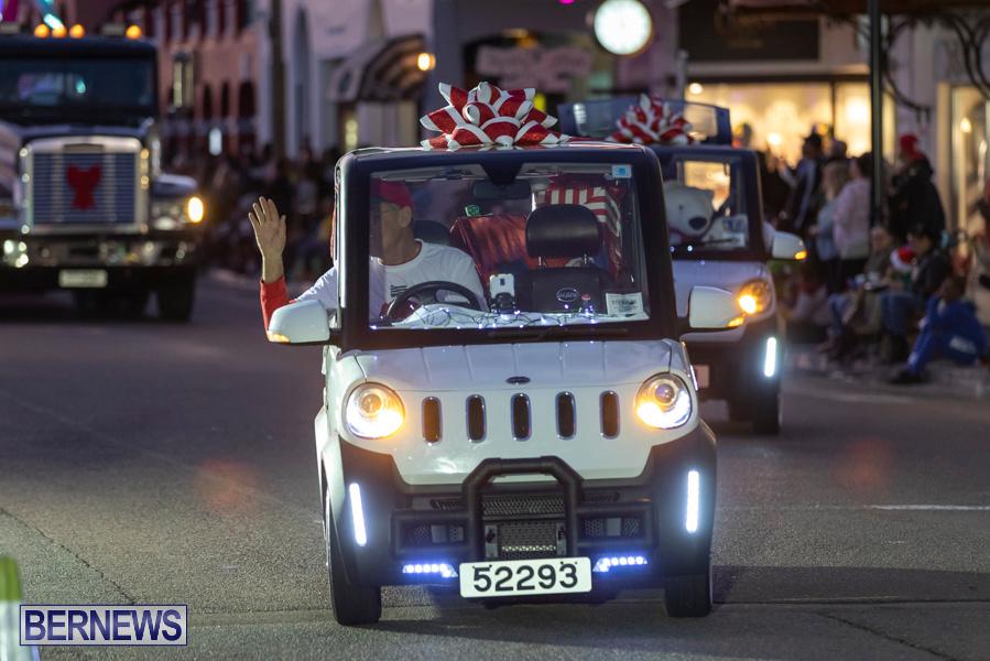 Marketplace-Christmas-Santa-Claus-Parade-Bermuda-December-1-2019-4999