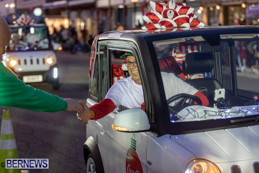 Marketplace-Christmas-Santa-Claus-Parade-Bermuda-December-1-2019-5003