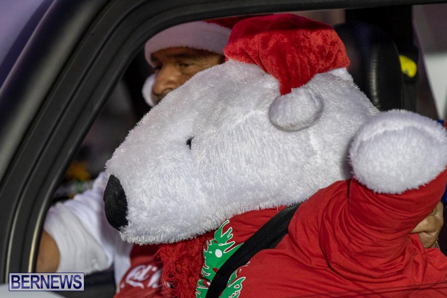 Marketplace-Christmas-Santa-Claus-Parade-Bermuda-December-1-2019-5011