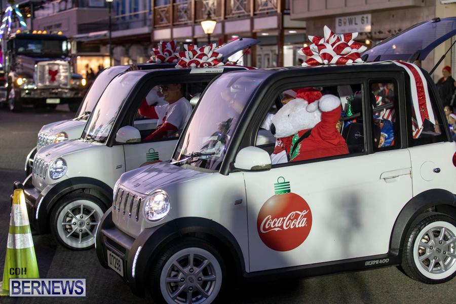 Marketplace-Christmas-Santa-Claus-Parade-Bermuda-December-1-2019-5015