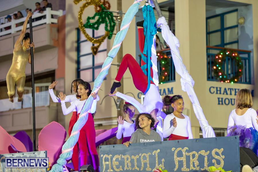 Marketplace-Christmas-Santa-Claus-Parade-Bermuda-December-1-2019-5027