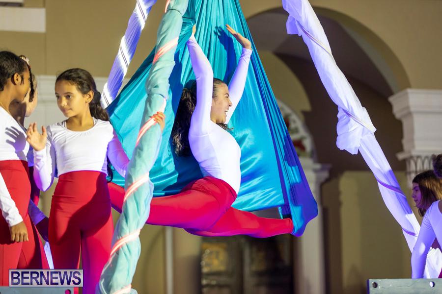 Marketplace-Christmas-Santa-Claus-Parade-Bermuda-December-1-2019-5068