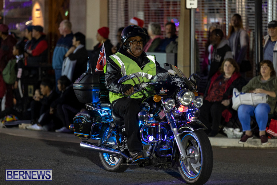 Marketplace-Christmas-Santa-Claus-Parade-Bermuda-December-1-2019-5072