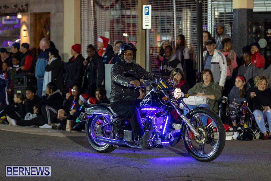 Marketplace-Christmas-Santa-Claus-Parade-Bermuda-December-1-2019-5088
