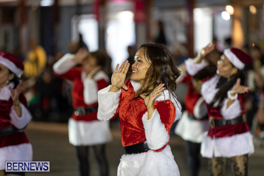 Marketplace-Christmas-Santa-Claus-Parade-Bermuda-December-1-2019-5129