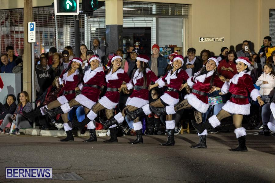 Marketplace-Christmas-Santa-Claus-Parade-Bermuda-December-1-2019-5161