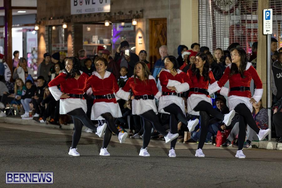 Marketplace-Christmas-Santa-Claus-Parade-Bermuda-December-1-2019-5165