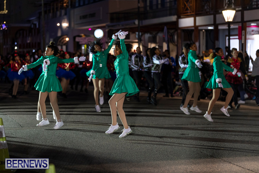 Marketplace-Christmas-Santa-Claus-Parade-Bermuda-December-1-2019-5176