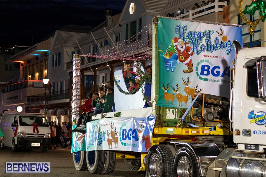 Marketplace-Christmas-Santa-Claus-Parade-Bermuda-December-1-2019-5214