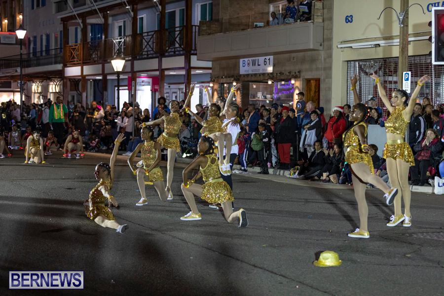 Marketplace-Christmas-Santa-Claus-Parade-Bermuda-December-1-2019-5363