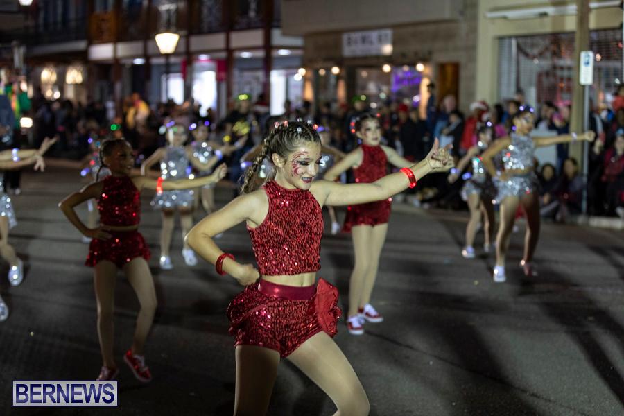 Marketplace-Christmas-Santa-Claus-Parade-Bermuda-December-1-2019-5379