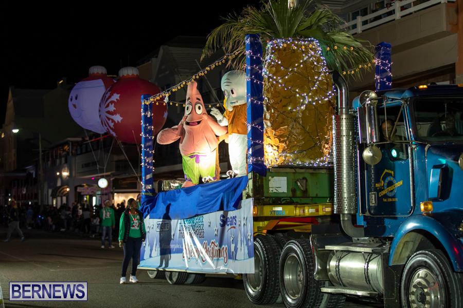 Marketplace-Christmas-Santa-Claus-Parade-Bermuda-December-1-2019-5391