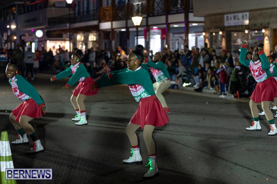 Marketplace-Christmas-Santa-Claus-Parade-Bermuda-December-1-2019-5396