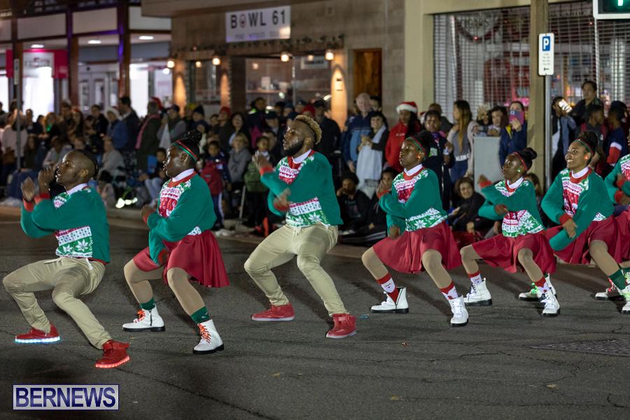 Marketplace-Christmas-Santa-Claus-Parade-Bermuda-December-1-2019-5410