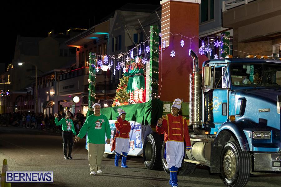 Marketplace-Christmas-Santa-Claus-Parade-Bermuda-December-1-2019-5417