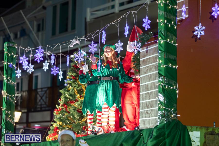 Marketplace-Christmas-Santa-Claus-Parade-Bermuda-December-1-2019-5422