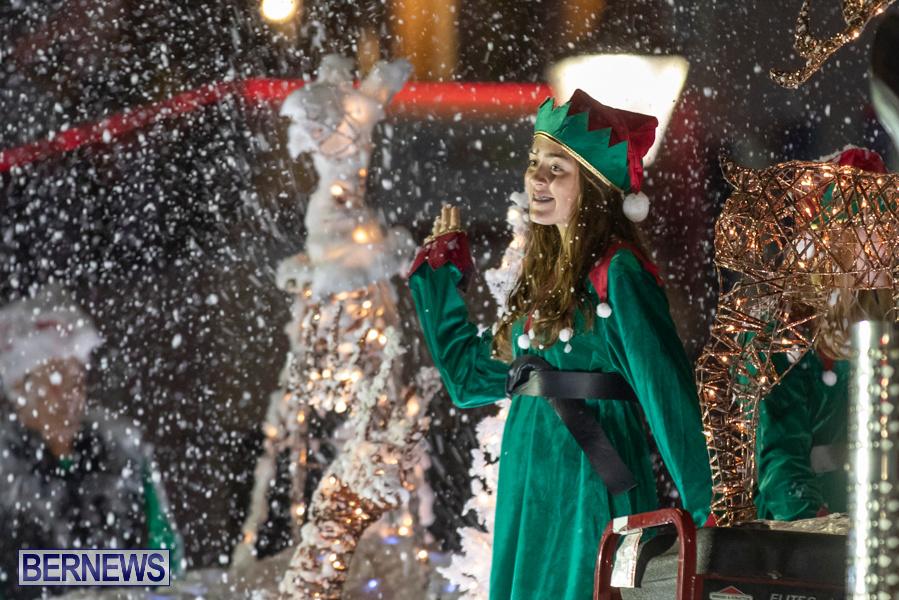 Marketplace-Christmas-Santa-Claus-Parade-Bermuda-December-1-2019-5540